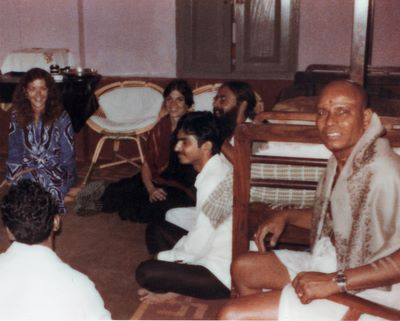 Guruji with group after evening pranayama