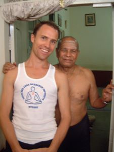 Paul Dallaghan with Guruji